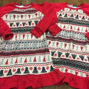 TWINS NIGHTGOWNS SZ 4/5 CHRISTMAS/WINTER